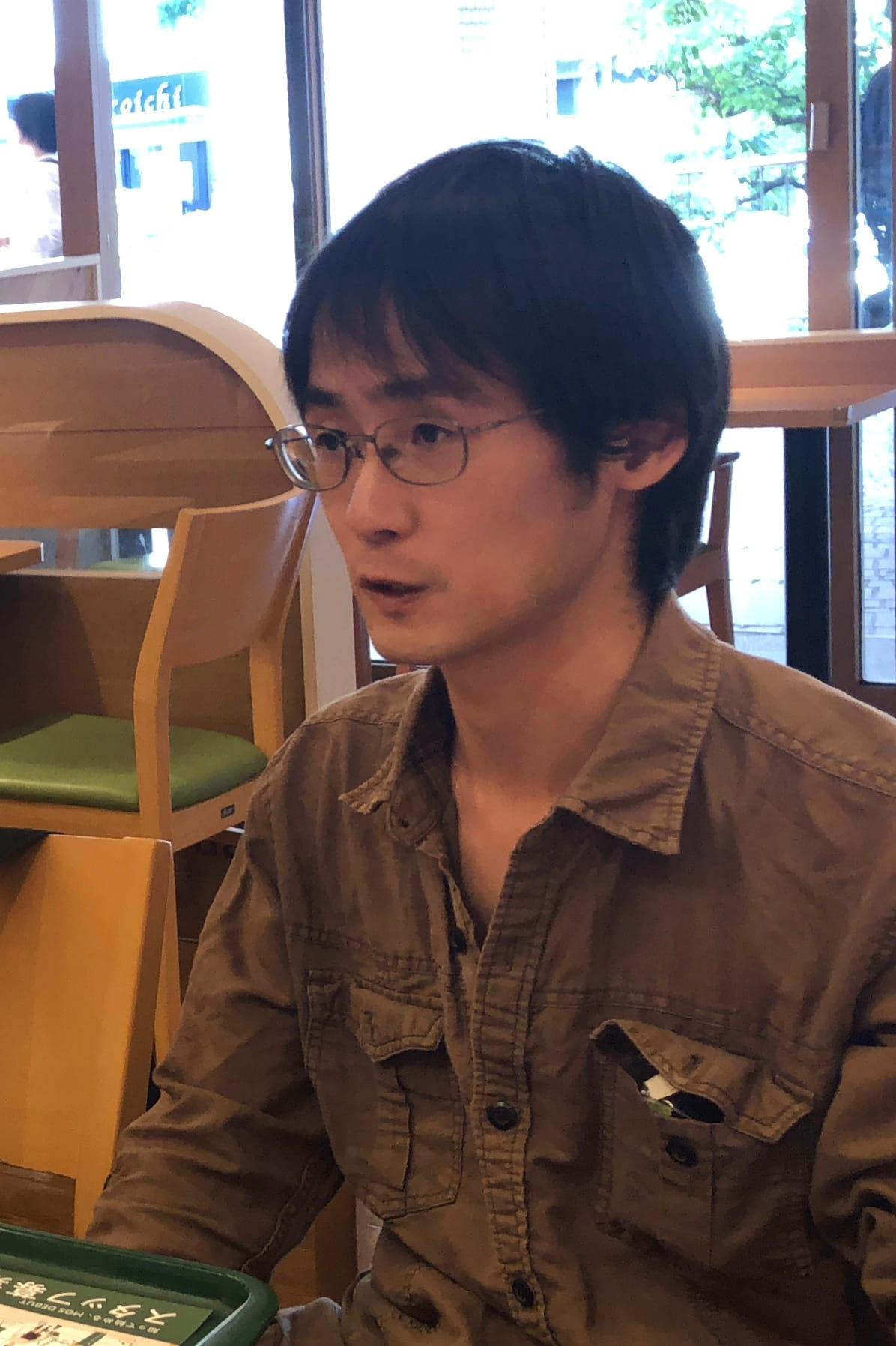 阿久沢 康万の写真